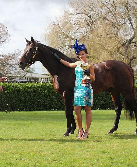 Zabeel - Miss NZ Ella Langsford